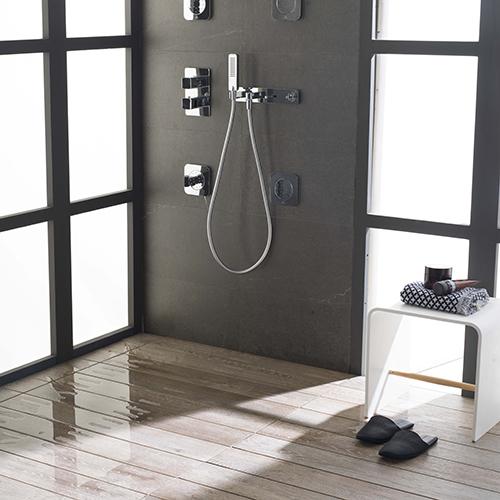 Un cuarto de baño decorado con el arte de Feng Shui Chino
